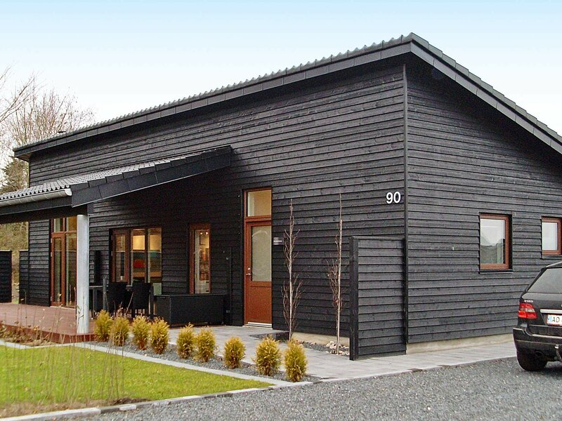 Chic Holiday Home in Jutland with Roofed Terrace, holiday rental in Skive