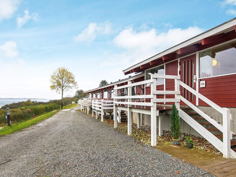 Sea-view Holiday Home in Jutland with Swimming Pool, holiday rental in Aabenraa
