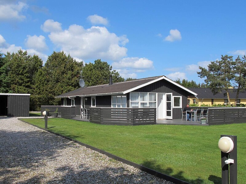 Quaint Holiday Home in Hals with Whirlpool, location de vacances à Hals