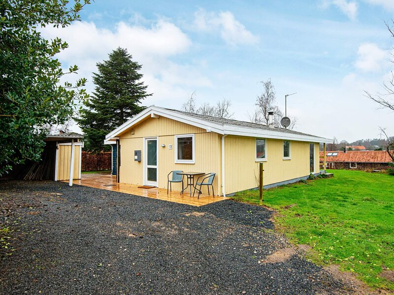 Fantastic Holiday Home in Hejls with Sun Loungers, vacation rental in Christiansfeld
