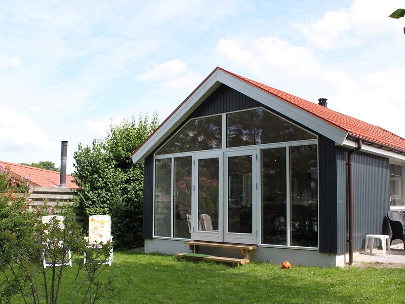 Quaint Holiday Home in Esbjerg with Sea Nearby, casa vacanza a Esbjerg