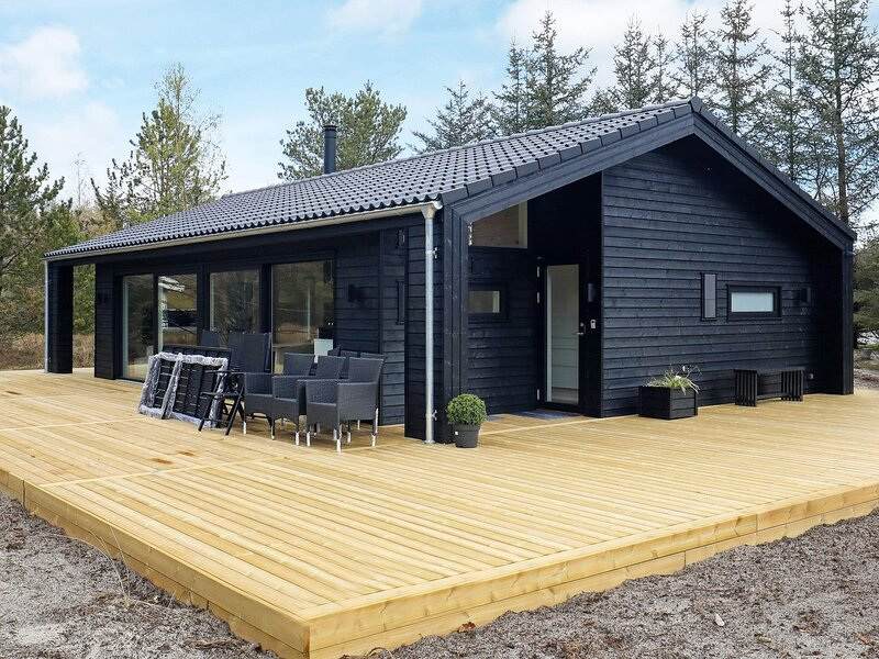 5 star holiday home in Jerup, holiday rental in Napstjaert