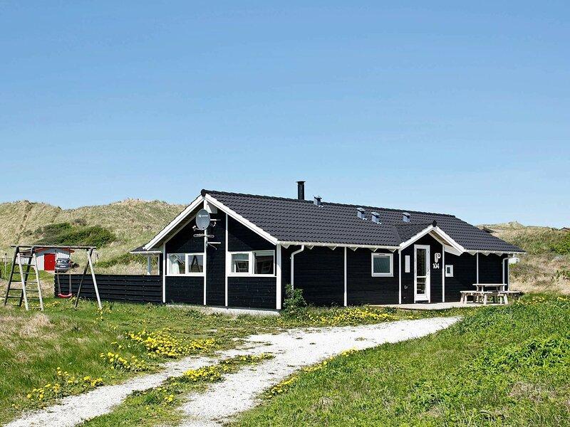 Quaint Holiday Home in Løkken with Beach nearby, casa vacanza a Lokken