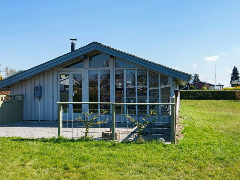 Lovely Holiday Home in Hejls with Conservatory, vacation rental in Christiansfeld