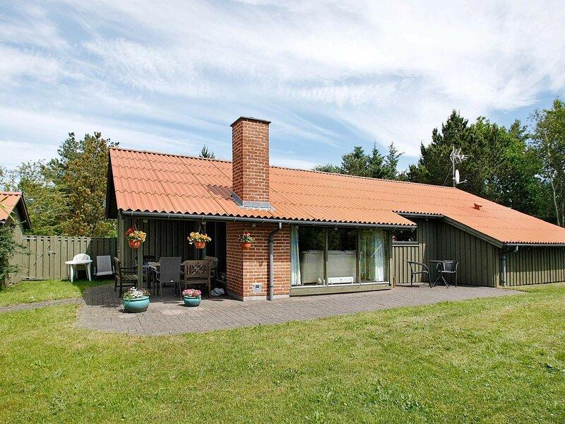 Cozy Holiday Home in Fjerritslev with Sauna, alquiler vacacional en Fjerritslev