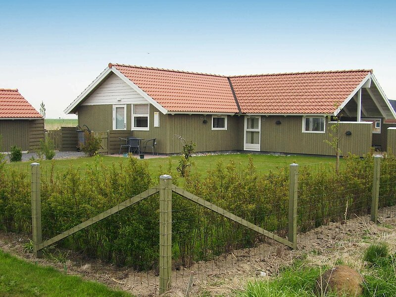 Modern Holiday Home in Rodby near Sea, holiday rental in Maribo