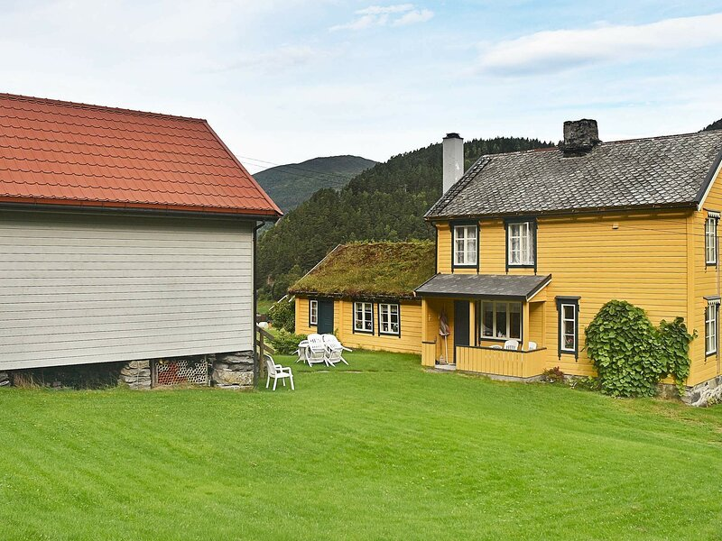 8 person holiday home in Liabygda, casa vacanza a Møre og Romsdal