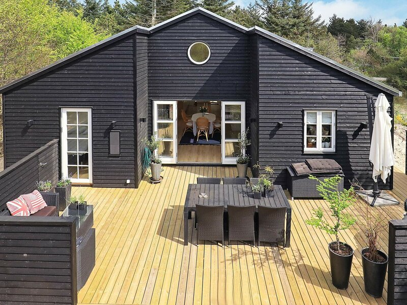 Pleasant Holiday Home in Jutland Denmark with Whirlpool, holiday rental in Jammerbugt Municipality
