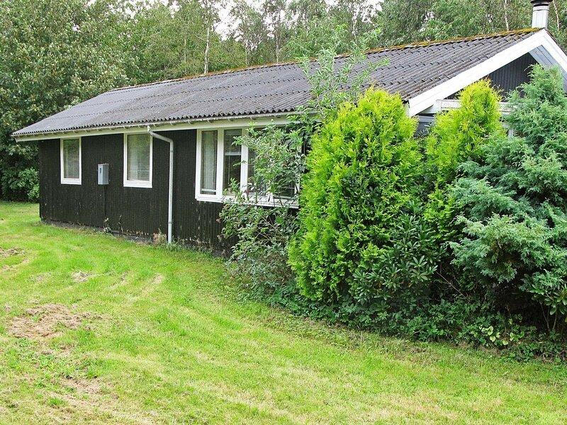 Earthy Holiday Home in Roslev near Sea, location de vacances à Jorsby