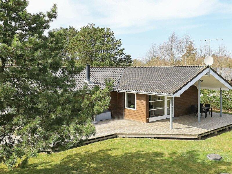 Luxury Holiday Home in Ulfborg With Energy-saving Heat Pump, casa vacanza a Ulfborg