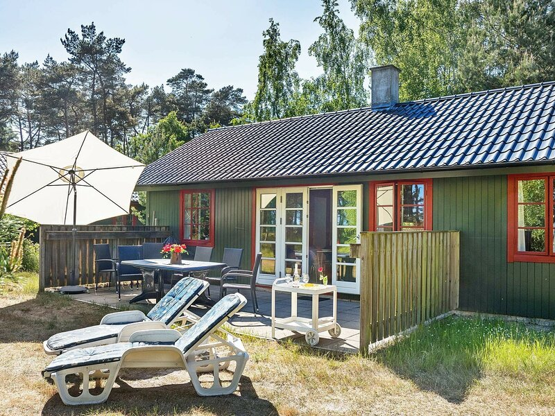 Charming Holiday Home in Nexø Near Sandy Beaches, holiday rental in Balka