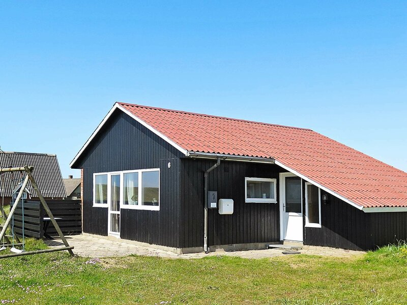 Quaint Holiday Home in Harboøre with sauna, holiday rental in Ferring