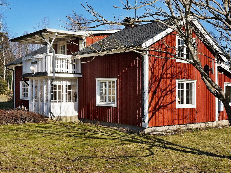 6 person holiday home in STOCKARYD, vacation rental in Bodafors
