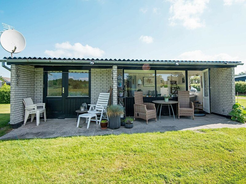 Quaint Holiday Home in Broager Amidst the Countryside, location de vacances à Rinkenaes