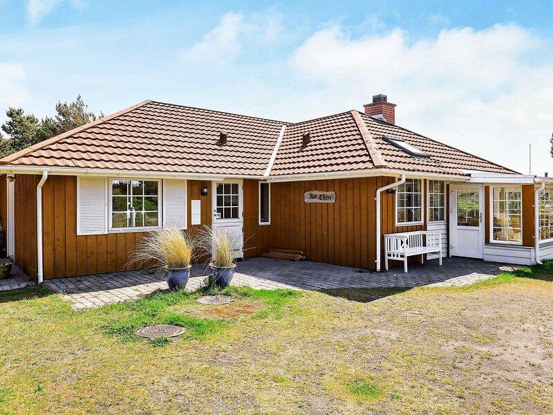Boutique Holiday Home in Fanø Located Close to the Beach, location de vacances à Gredstedbro