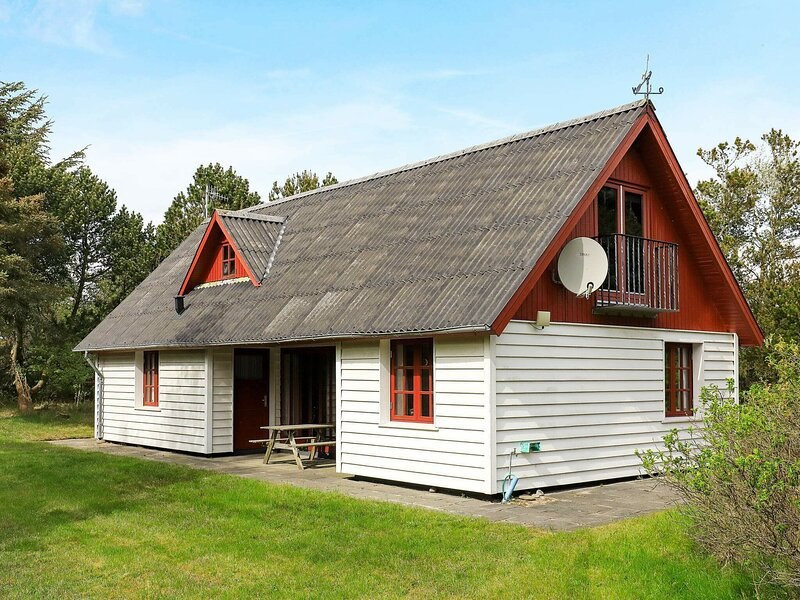 Comfortable Holiday Home in Vestervig Near the Coast, holiday rental in Hurup