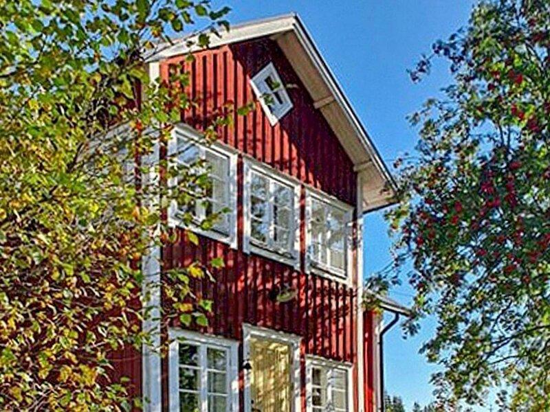 8 person holiday home in ÖSTMARK, location de vacances à Torsby