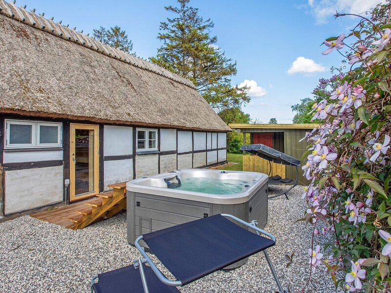 10 person holiday home in Rødvig Stevns, holiday rental in Koege Municipality