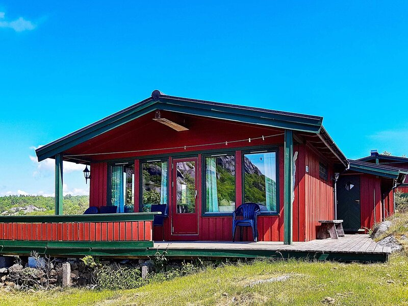 5 person holiday home in lyngdal, holiday rental in Lyngdal Municipality
