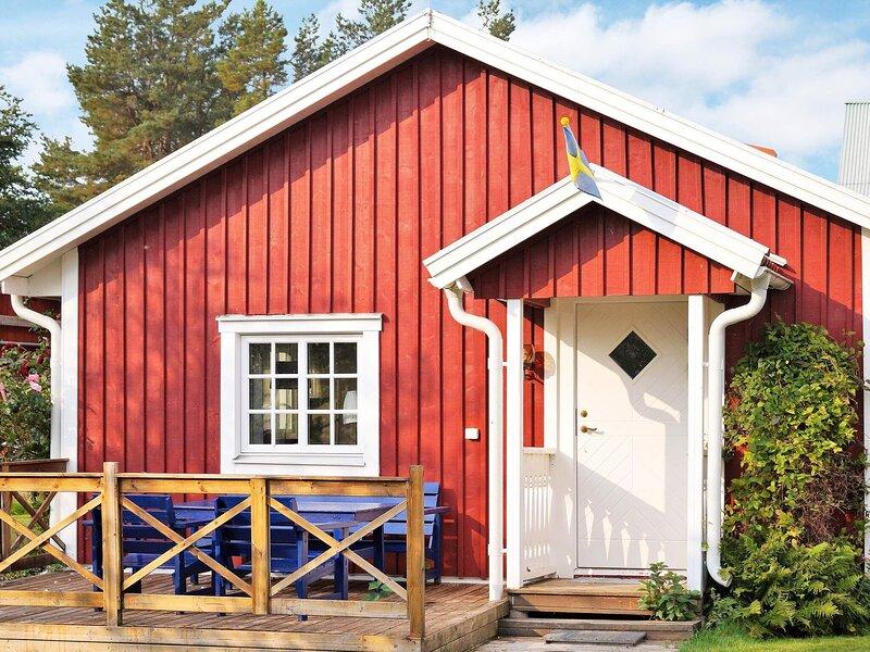 4 person holiday home in HJÄLTEVAD, holiday rental in Holsbybrunn