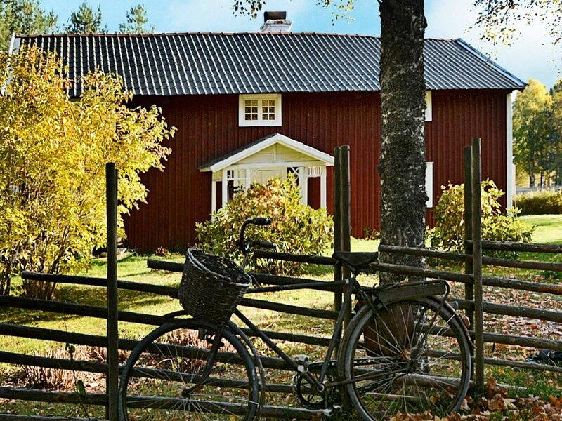 5 person holiday home in JÖNKÖPING, holiday rental in Mullsjo
