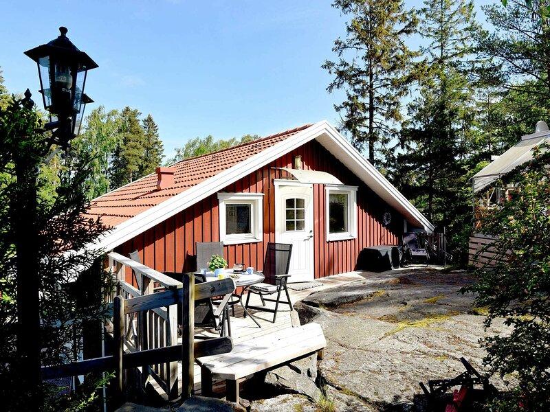 4 star holiday home in UDDEVALLA – semesterbostad i Trollhättan