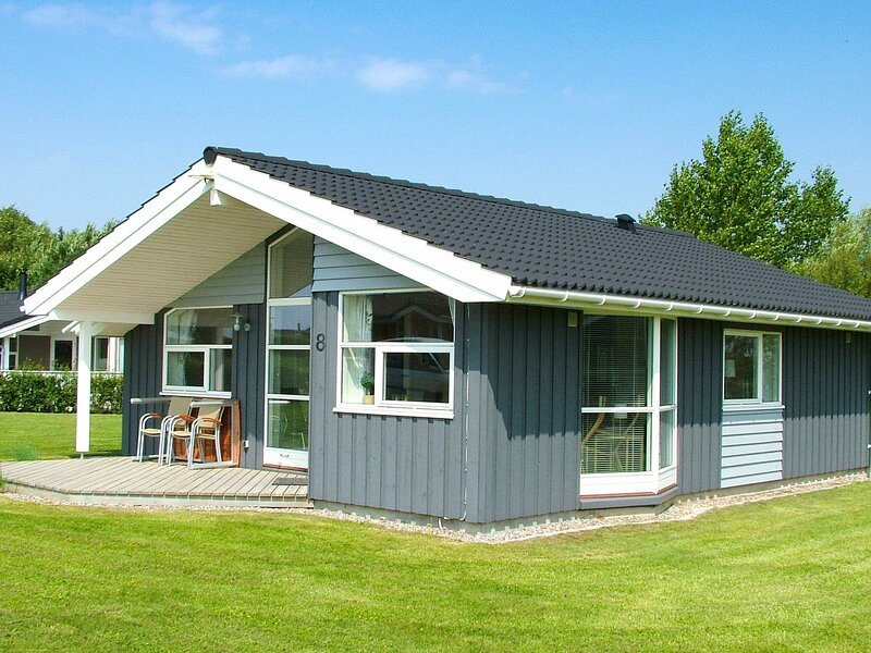Stylish Holiday Home in Rudkøbing with sauna, location de vacances à Tranekaer