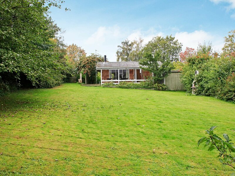 Lovely Holiday Home in Mesinge Denmark with Barbecue, holiday rental in Dalby