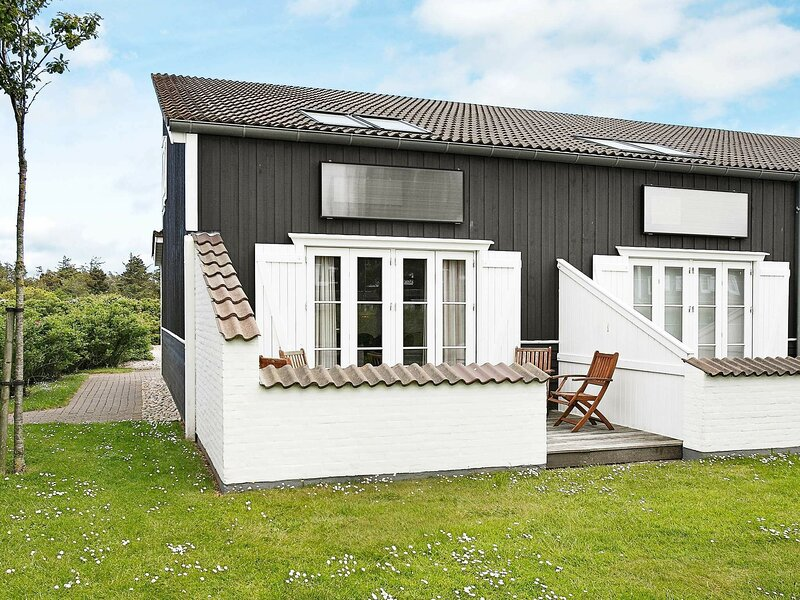 Modern Holiday Home in Vestervig Near Sea, holiday rental in Hurup