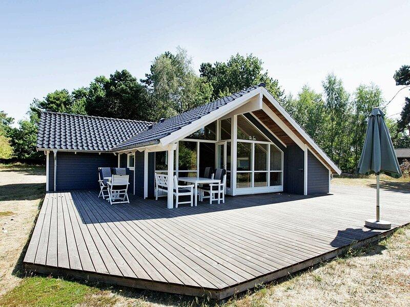 Spacious Holiday Home in Vig near Sea, location de vacances à Gudmindrup