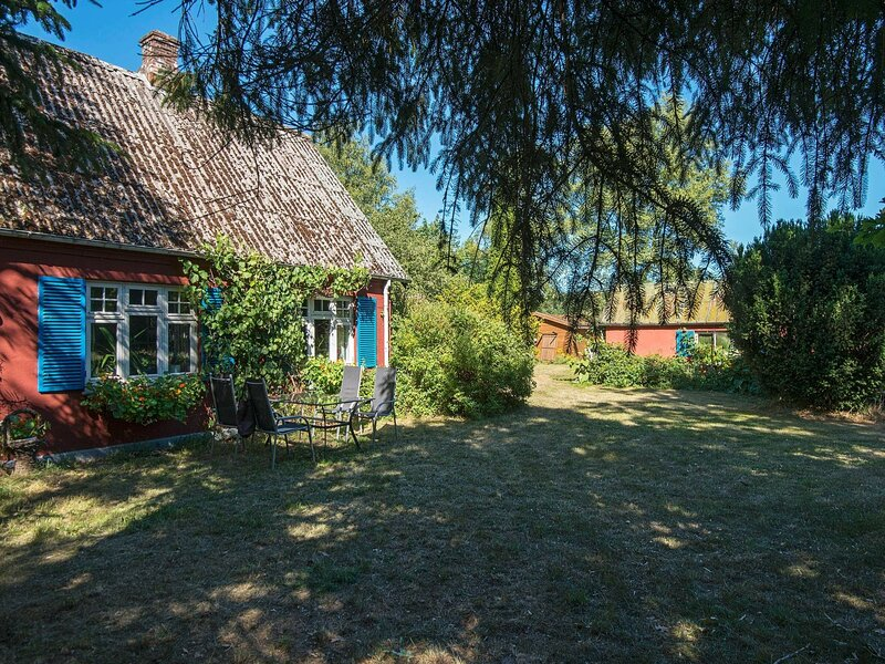 Scenic Holiday Home in Brædstrup with Terrace, holiday rental in Give