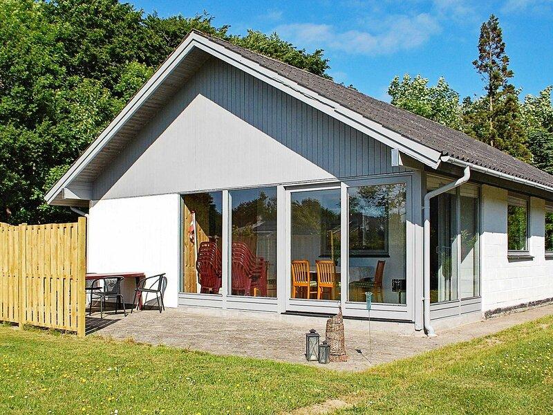 Tasteful Holiday Home in Egernsund with Terrace, location de vacances à Rinkenaes