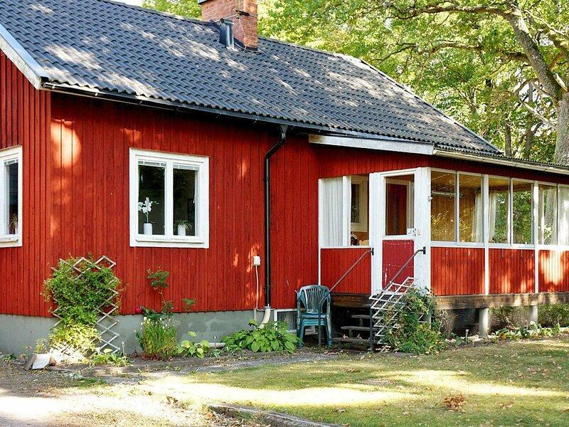 4 person holiday home in MöRLUNDA, alquiler vacacional en Ruda