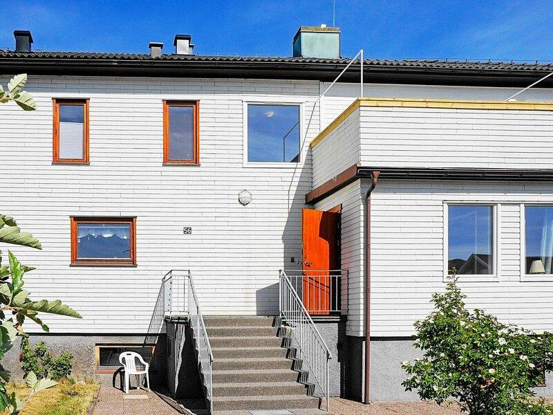 4 star holiday home in SKÄRHAMN, alquiler vacacional en Stora Dyron