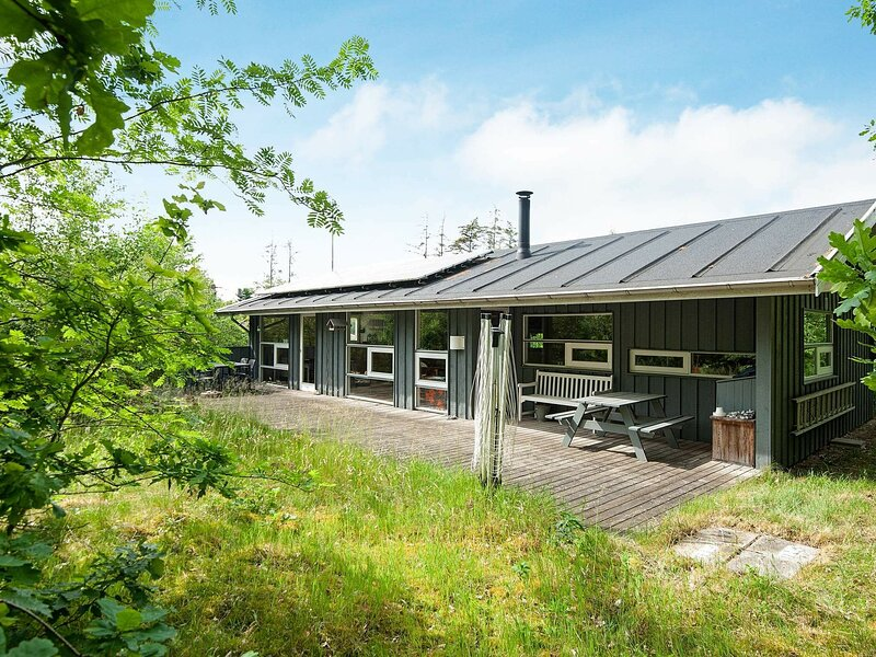 Breathtaking Holiday Home in Ebeltoft near the Beach, holiday rental in Balle