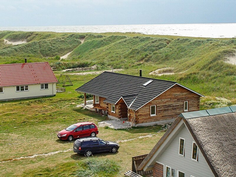 Scenic Holiday Home in Harboøre with Sauna, holiday rental in Ferring