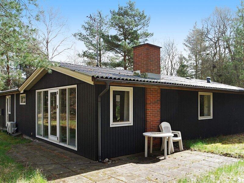 Modern Holiday Home in Hadsund with Sauna, casa vacanza a Mariagerfjord Municipality