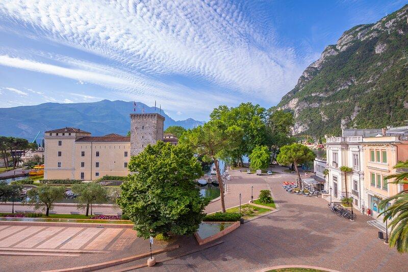 Residenza Rocca del Lago 3, vacation rental in Riva Del Garda