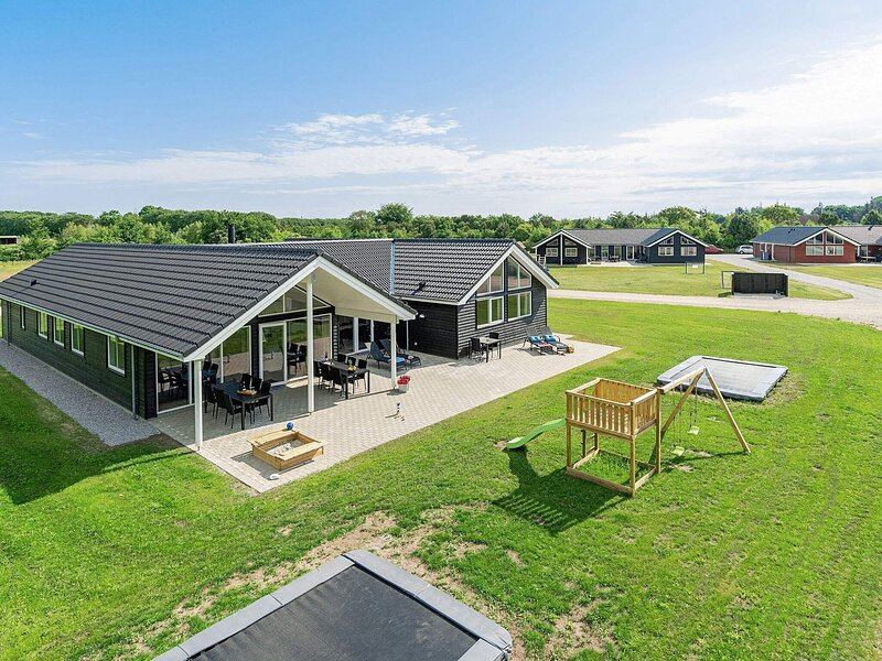 5 star holiday home in Grenaa, location de vacances à Grenaa