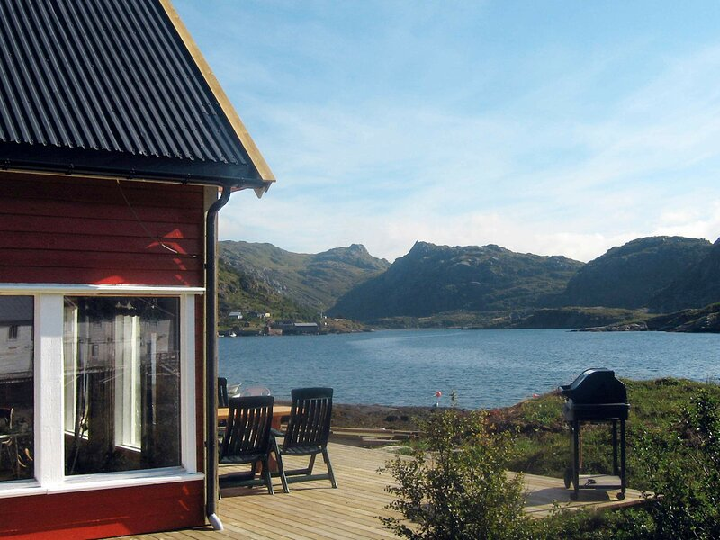 6 person holiday home in Bøstad, location de vacances à Ballstad