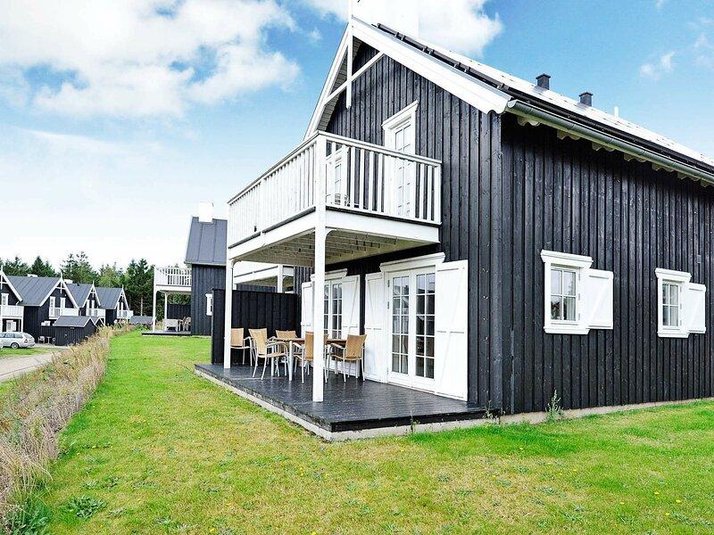 Splendid Holiday Home in Gjern with Sauna, holiday rental in Harlev