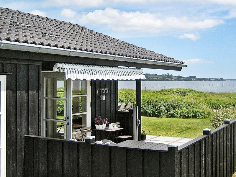Serene Holiday Home in Broager with Sauna, holiday rental in Soenderborg