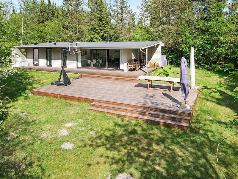 Splendid Holiday Home in Bording with Roofed Terrace, holiday rental in Brande