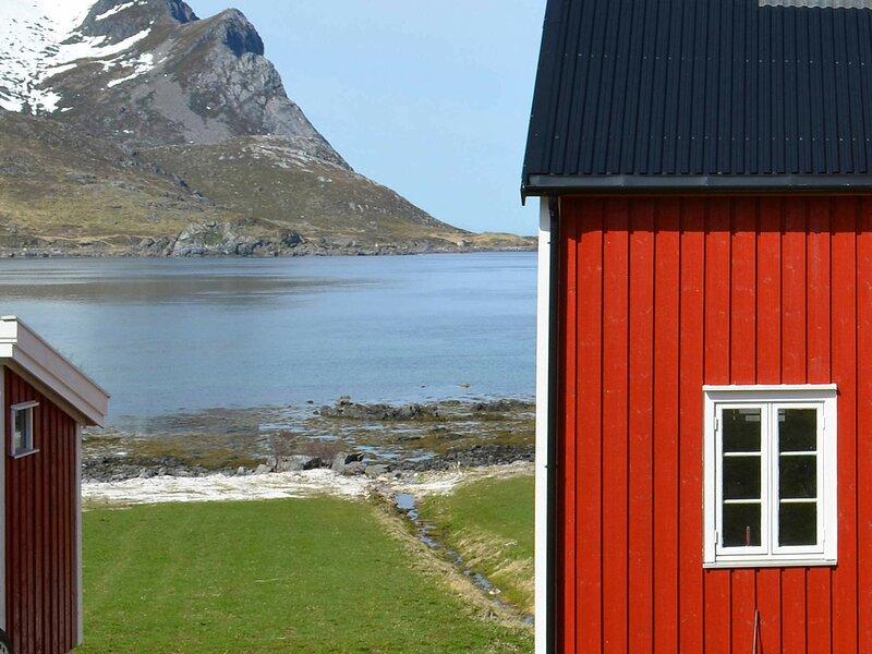 4 star holiday home in Gravdal, location de vacances à Ballstad