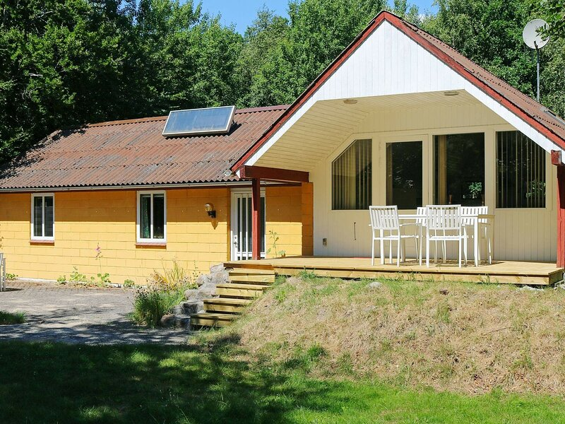 Tranquil Holiday Home in Hadsund with Whirlpool, casa vacanza a Mariagerfjord Municipality