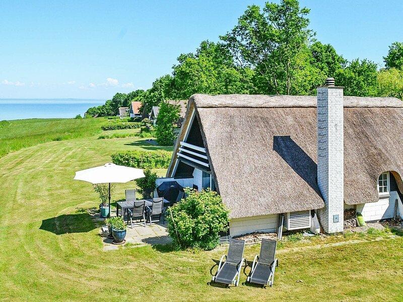 Idyllic Holiday Home in Funen near Sea, holiday rental in Egeskov