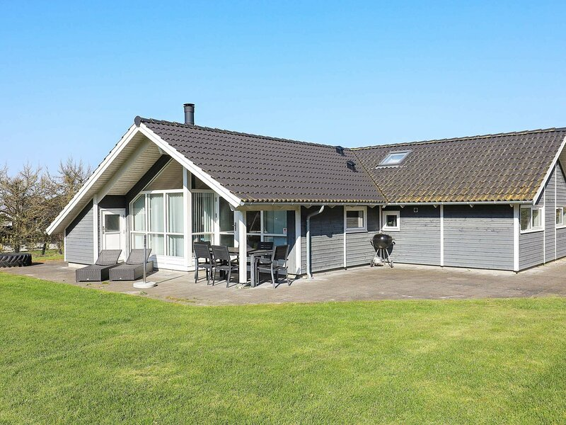 Pleasant Holiday Home in Syddanmark with Whirlpool, holiday rental in Rudkobing