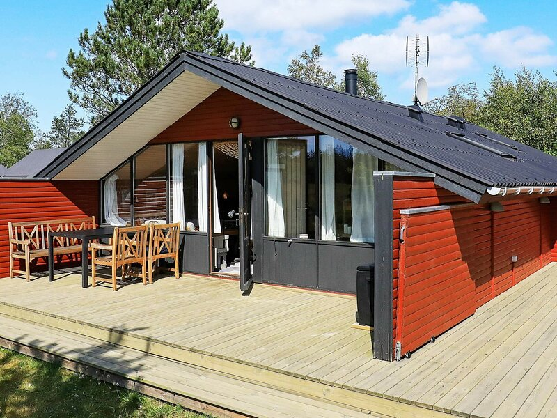 Charming Holiday Home in Albaek with Terrace, holiday rental in Napstjaert