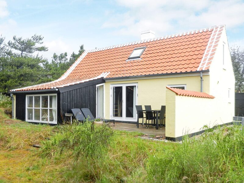 Serene Holiday Home in Skagen With Terrace, holiday rental in Skagen