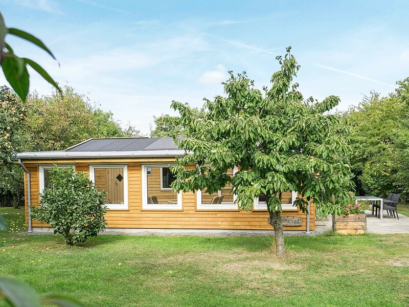 Modern Holiday Home in Hasle With Sprawling Gardens, holiday rental in Hasle